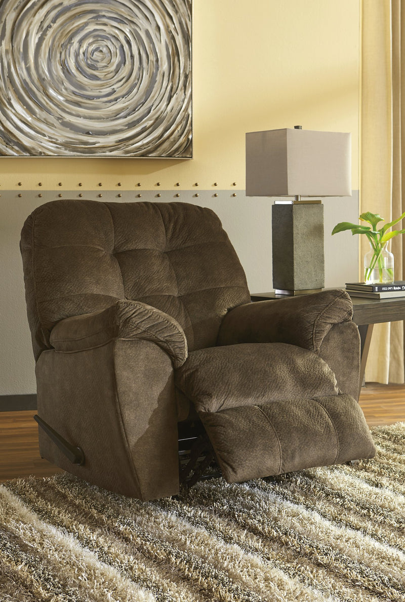 Accrington Signature Design by Ashley Earth Recliner