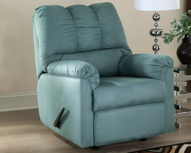 Darcy Signature Design by Ashley Sky Recliner