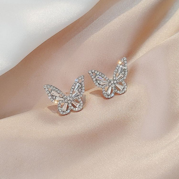 Sterling Silver Needle Retro Style Butterfly Earrings Rhinestone Glittering Small Earrings New Temperament Super Fairy Earrings