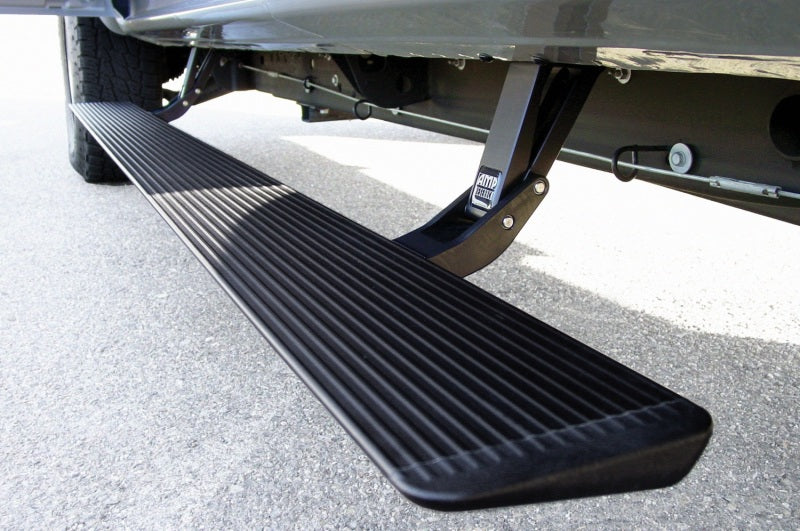 AMP Research 1999-2006 Chevy/GMC Silverado/Sierra Extended/Crew PowerStep - Black