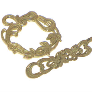 Brass Toggle Wreath 24mm *D* Qty:1