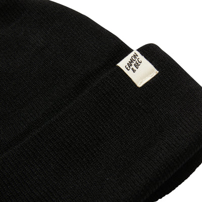ON THE ROAD BEANIE BLACK