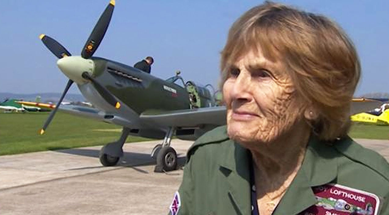 Military Songs | 92-Year-Old Female WWII Pilot Flies Her Plane Again After 70 Years! | Country Music Videos
