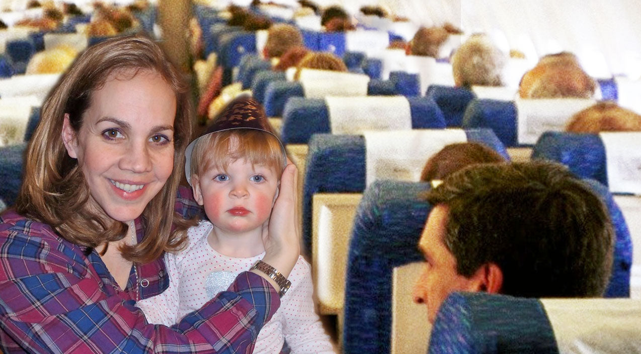 Stranger On A Plane Shows Kindness To Little Girl With Autism | Country Music Videos