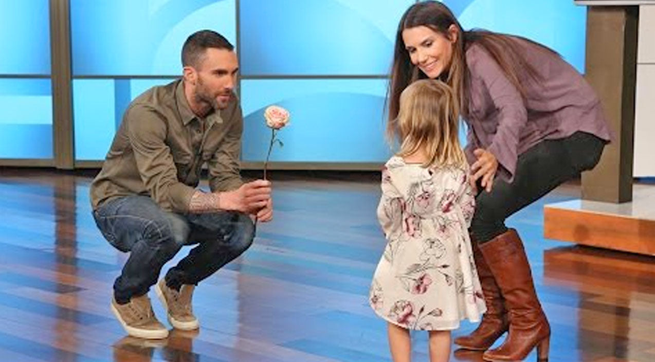 The ellen show Songs | ADORABLE: Adam Levine Makes Amends With The Little Girl Who's Heart He Broke | Country Music Videos
