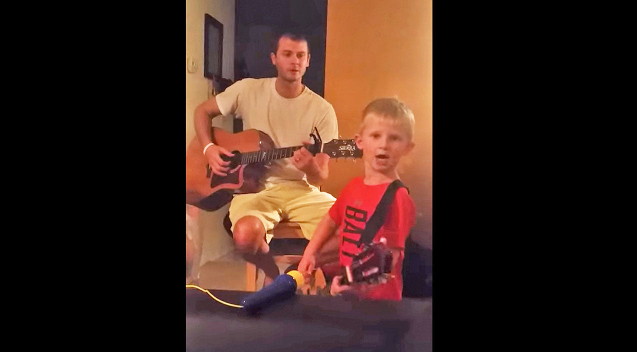 Thomas rhett Songs | This Adorable 4-Year-Old Jams Out To Thomas Rhett's 'Die A Happy Man' | Country Music Videos
