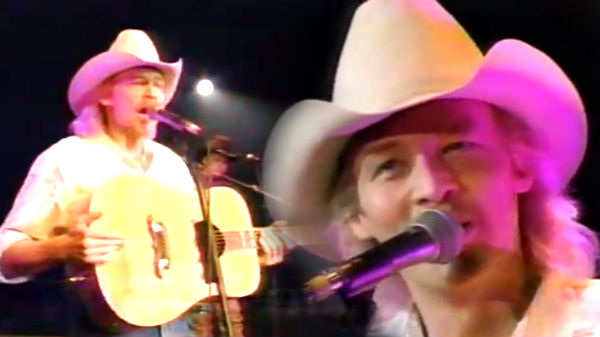 Alan jackson Songs | Alan Jackson - Better Class Of Losers (LIVE) | Country Music Videos