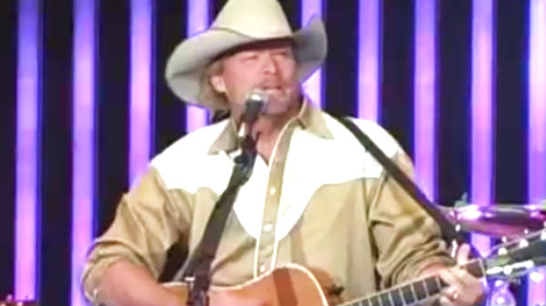 Alan jackson Songs | Alan Jackson and Eli Young Band in Beaumont, TX (VIDEO) | Country Music Videos