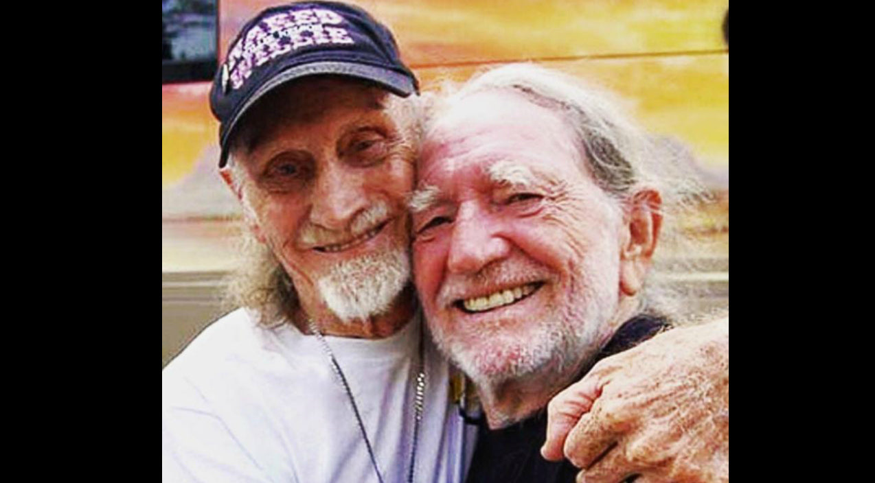 Willie nelson Songs   Willie Nelson Mourns Death Of Longtime Friend   Country Music Videos