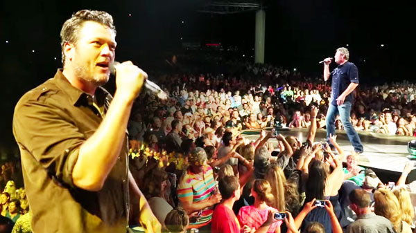 Blake Shelton - Neon Light | Country Music Videos