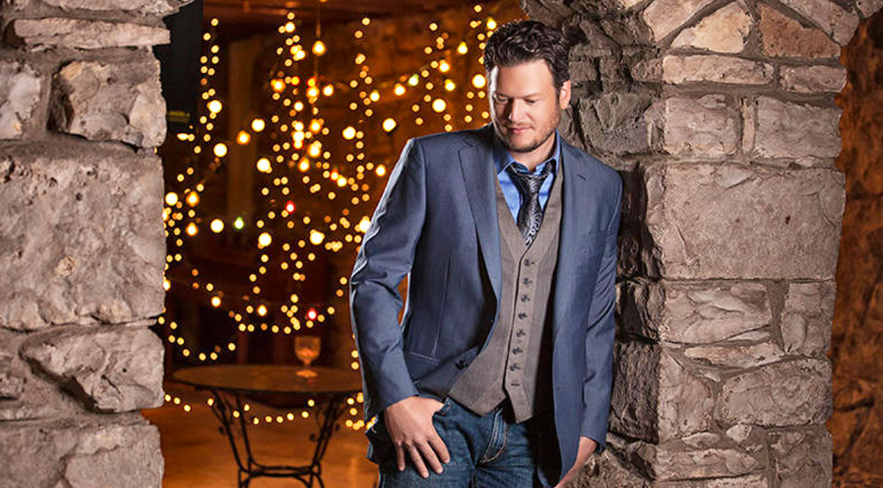 Blake shelton Songs | Blake Shelton Is Spreading Holiday Cheer To Help Children Across The Country | Country Music Videos