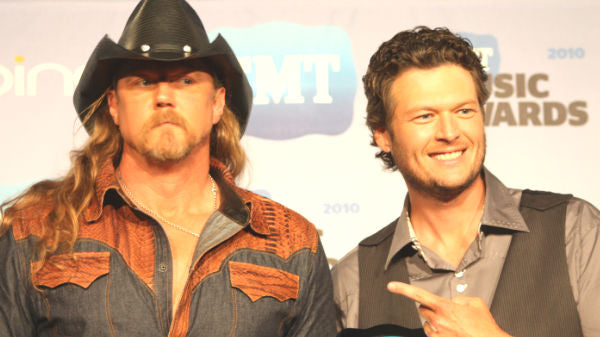Trace adkins Songs | Blake Shelton and Trace Adkins Backstage at CMT Awards (VIDEO) | Country Music Videos