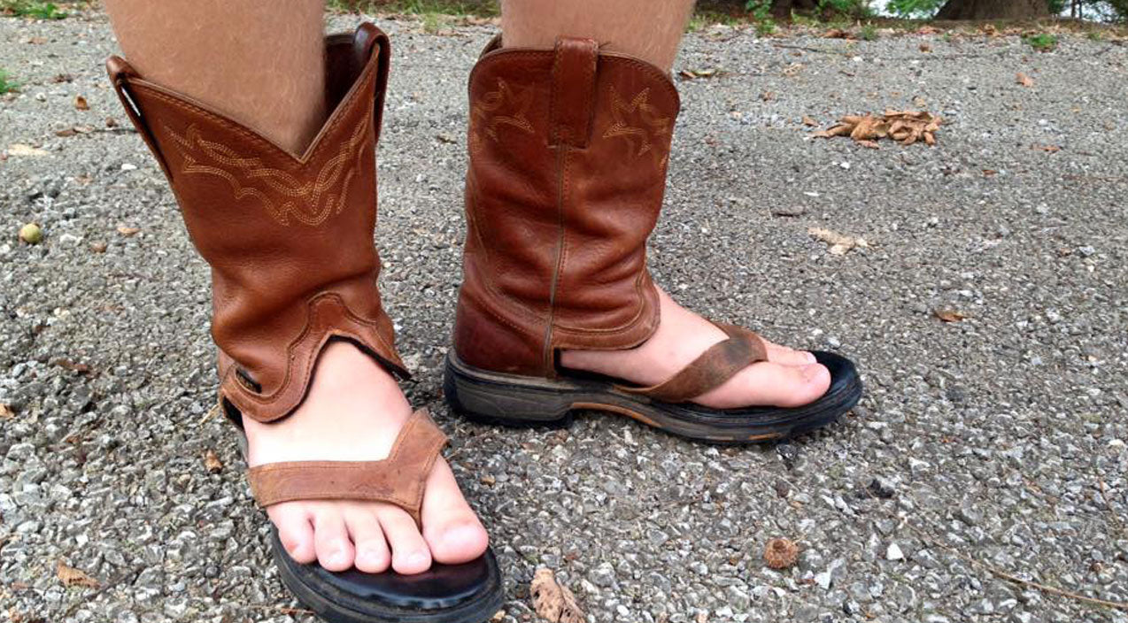 When You Try To Turn Cowboy Boots Into Sandals...Epic Fail?? (PHOTO EVIDENCE) | Country Music Videos
