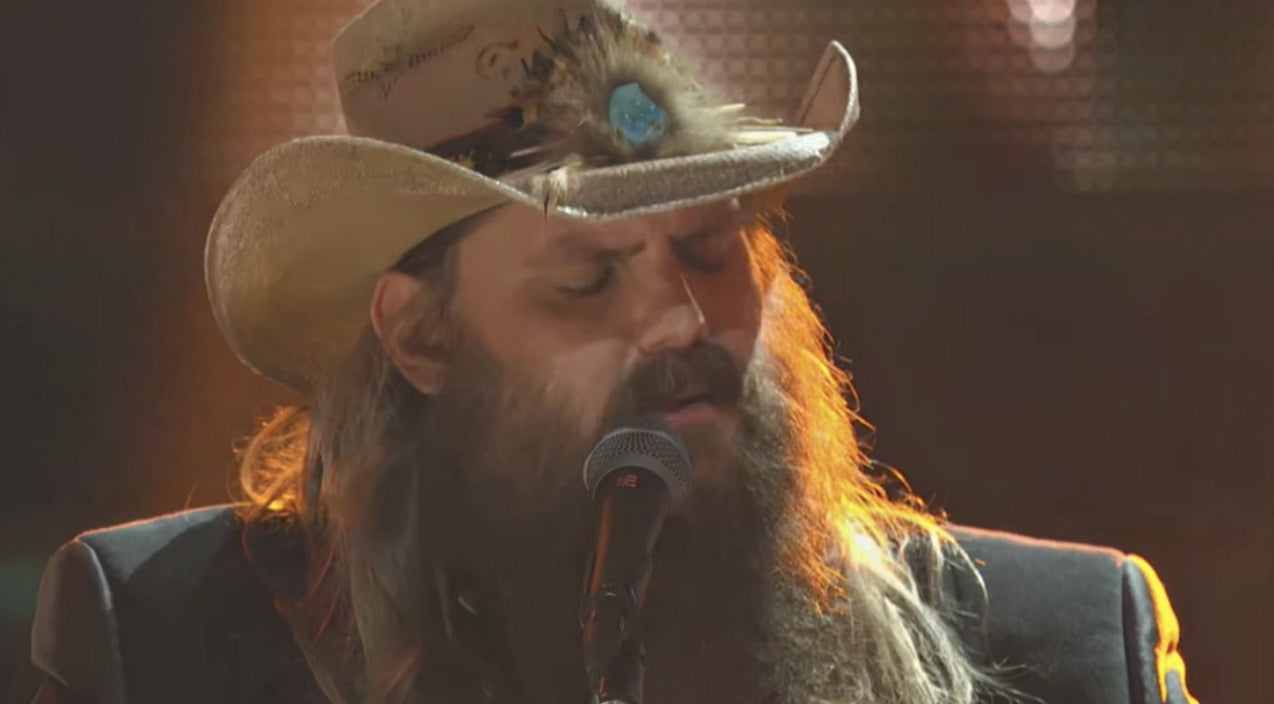 Chris stapleton Songs | Chris Stapleton Silences Audience With Touching 'Broken Halos' Performance | Country Music Videos