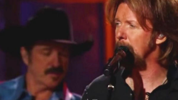 Brooks and dunn Songs | Brooks and Dunn - Neon Moon (Live) | Country Music Videos