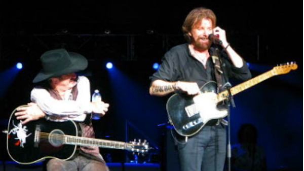 Brooks and dunn Songs | Brooks and Dunn - That's What She Gets For Loving Me (LIVE) (WATCH) | Country Music Videos