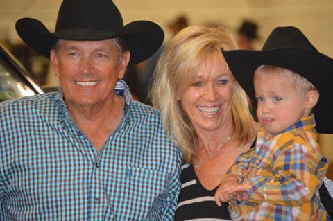 George strait Songs | 5. The Time He Took An Adorable Family Photo | Country Music Videos
