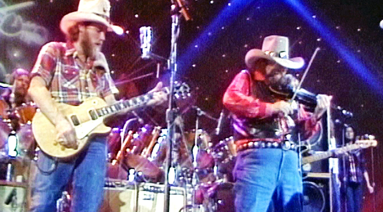 Classic country Songs | FLASHBACK: Charlie Daniels Performs 'Devil Went Down To Georgia' For The First Time | Country Music Videos