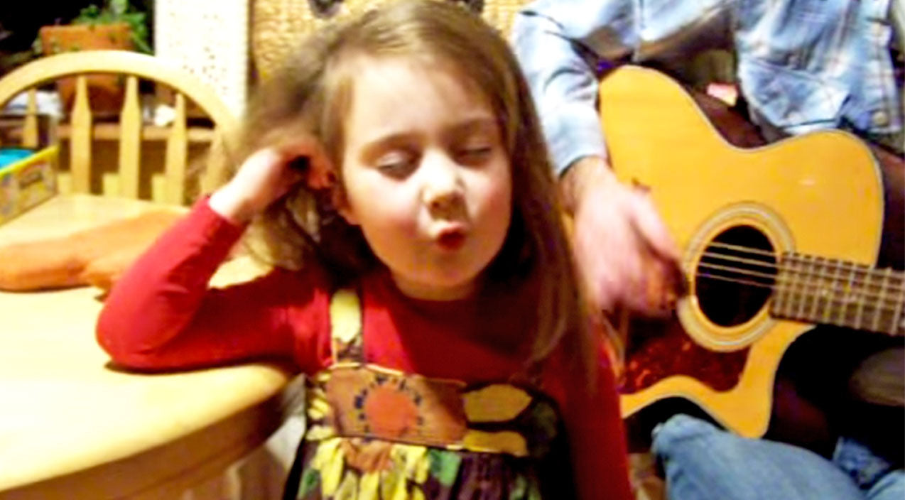 Classic country Songs | Adorable Little Girl's Stunning Rendition Of