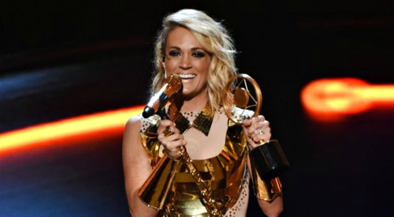 Carrie underwood Songs | Carrie Underwood Dedicates Award To Young Fan Killed By Drunk Driver | Country Music Videos
