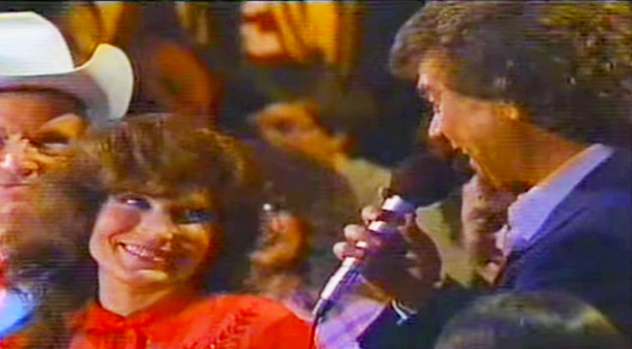 Loretta lynn Songs | Conway Twitty Knew Just How To Make Loretta Lynn Blush (LIVE) | Country Music Videos