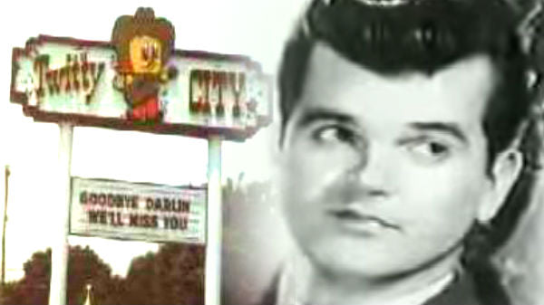 Conway twitty Songs | Conway Twitty - Lifestyles Of The Rich and Famous - Twitty City | Country Music Videos
