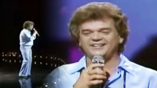 Conway twitty Songs | Conway Twitty - Somebody's Needin' Somebody (Live, 1984)  (VIDEO) | Country Music Videos