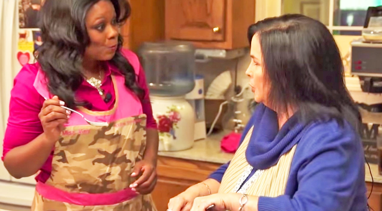 How Would You Like To Cook In The Kitchen With Miss Kay? | Country Music Videos
