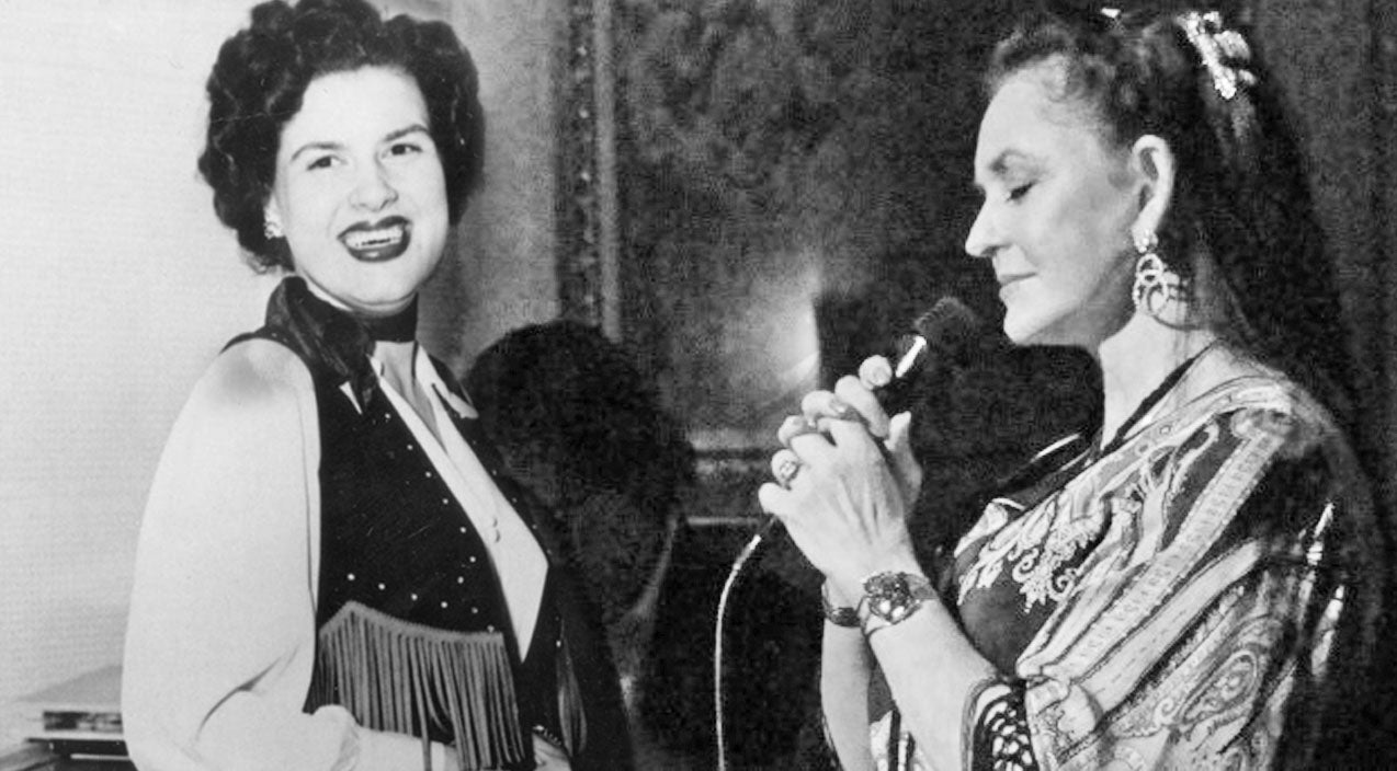 Patsy cline Songs | Crystal Gayle Joins Patsy Cline In Rare Remastered Recording Of