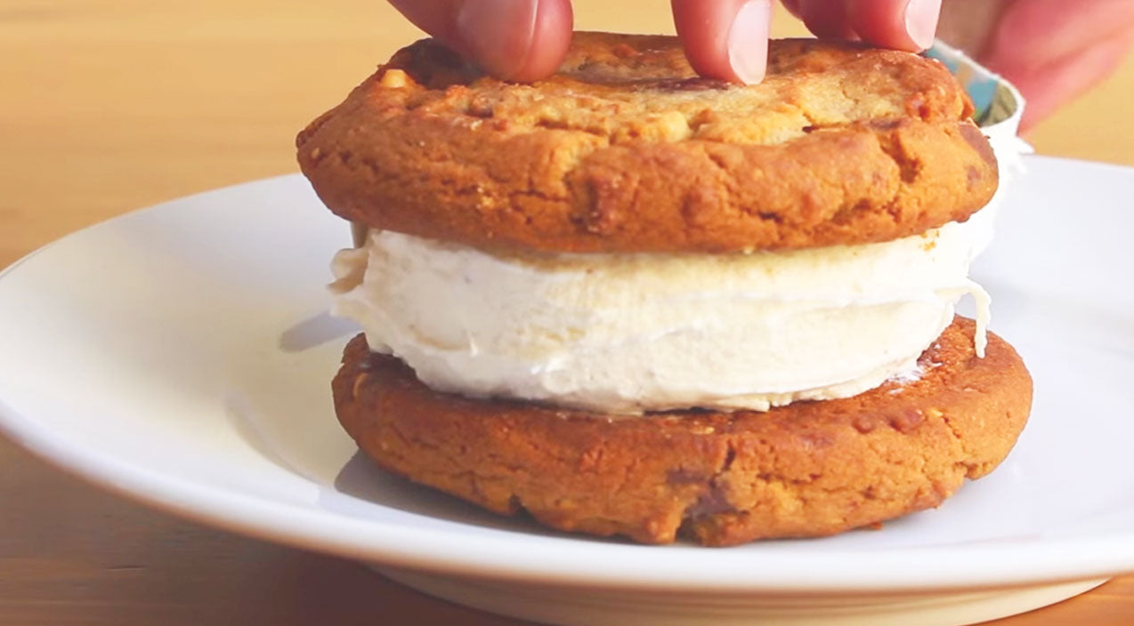 DIY: How To Make The Most Perfect Ice Cream Sandwich | Country Music Videos