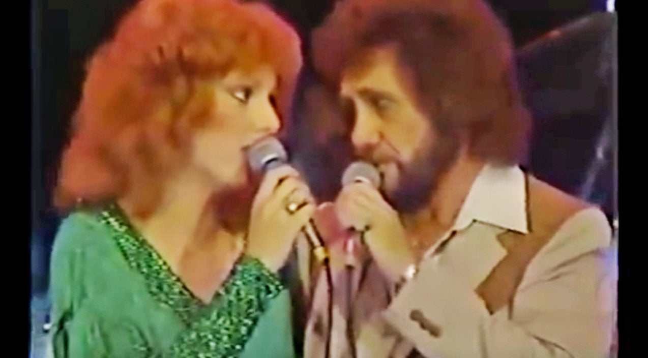 David frizzell Songs | David Frizzell & Shelly West Leave Crowds Speechless With Dazzling Duet | Country Music Videos