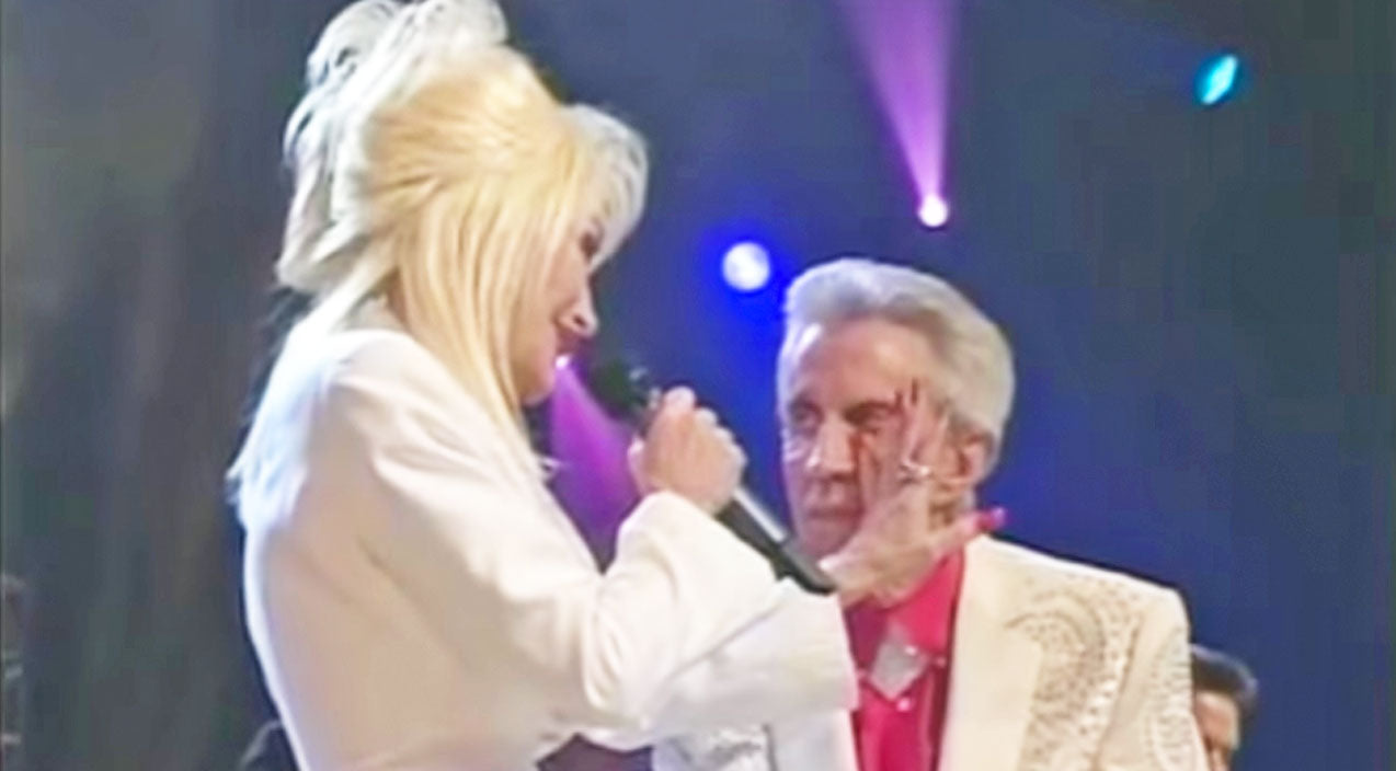 Porter wagoner Songs | Dolly Parton Fights Back Tears In Emotional Tribute To Porter Wagoner | Country Music Videos