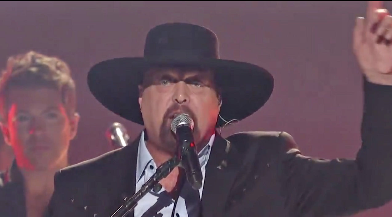 Rascal flatts Songs | Eddie Montgomery Makes Surprise CMA Awards Appearance During Tearjerking Troy Gentry Tribute | Country Music Videos