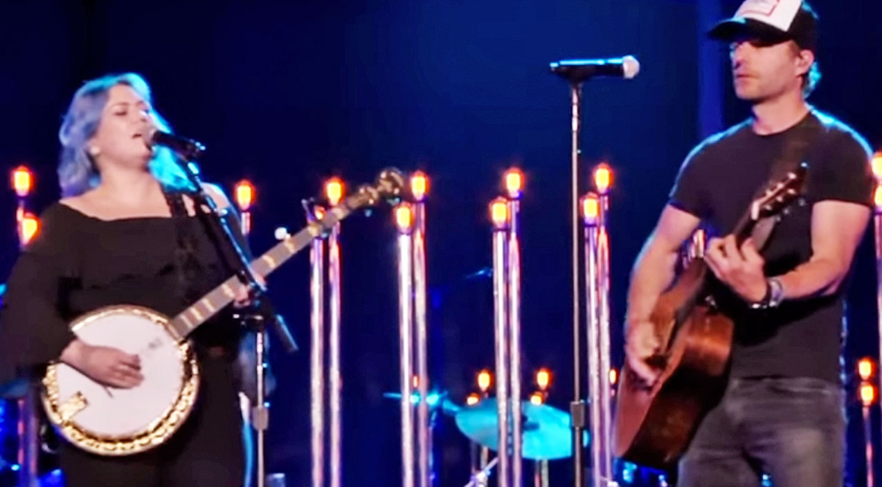 Modern country Songs | Rock Goddess Shines In Country Duet During CMT Awards | Country Music Videos