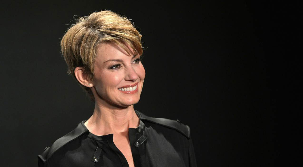 Faith hill Songs | Faith Hill Credits Life-Changing Moment For Her Success | Country Music Videos