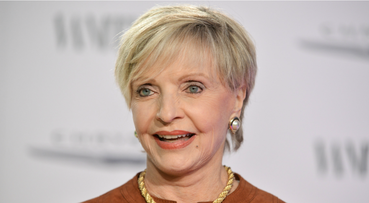 'The Brady Bunch' Mom Florence Henderson Has Died | Country Music Videos