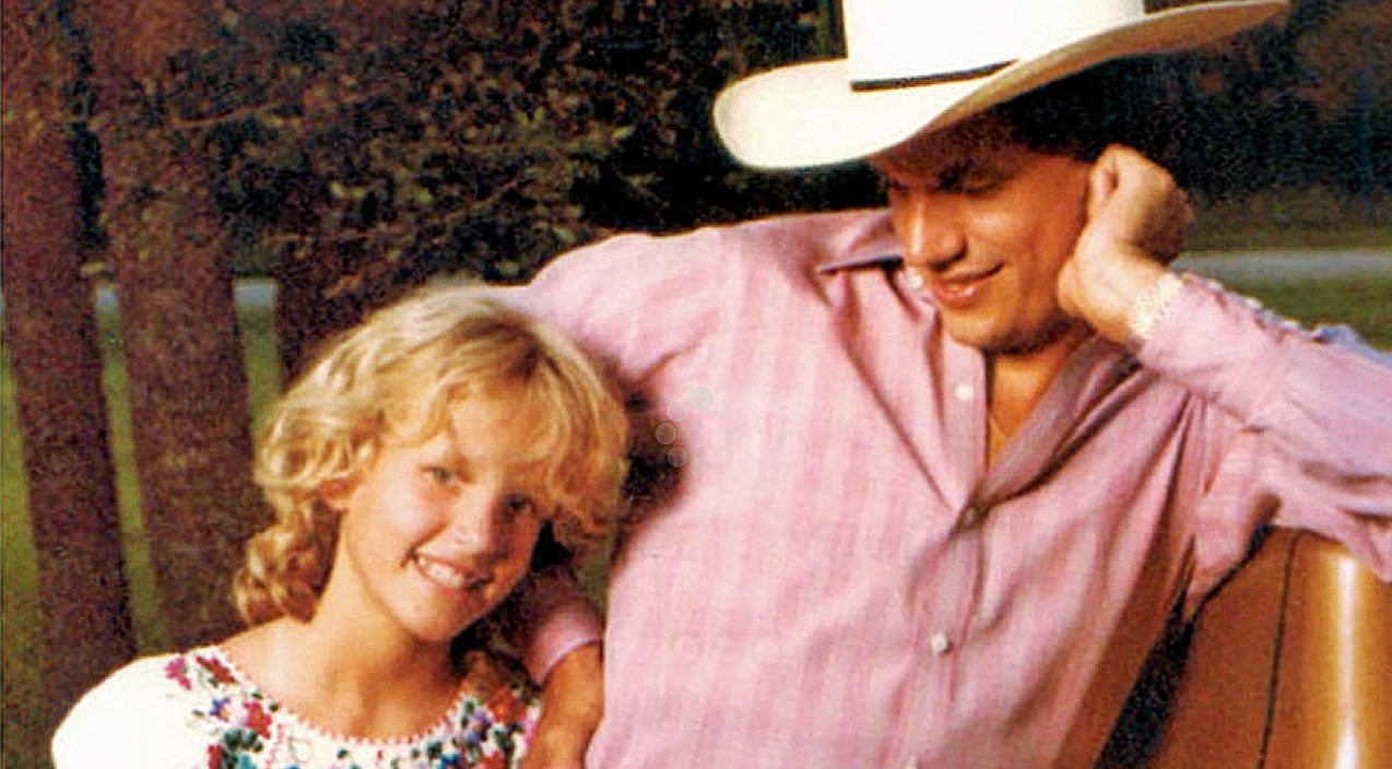 George strait Songs | George Strait Mourns The Loss Of His Daughter In Heartbreaking Song 'Baby Blue' | Country Music Videos