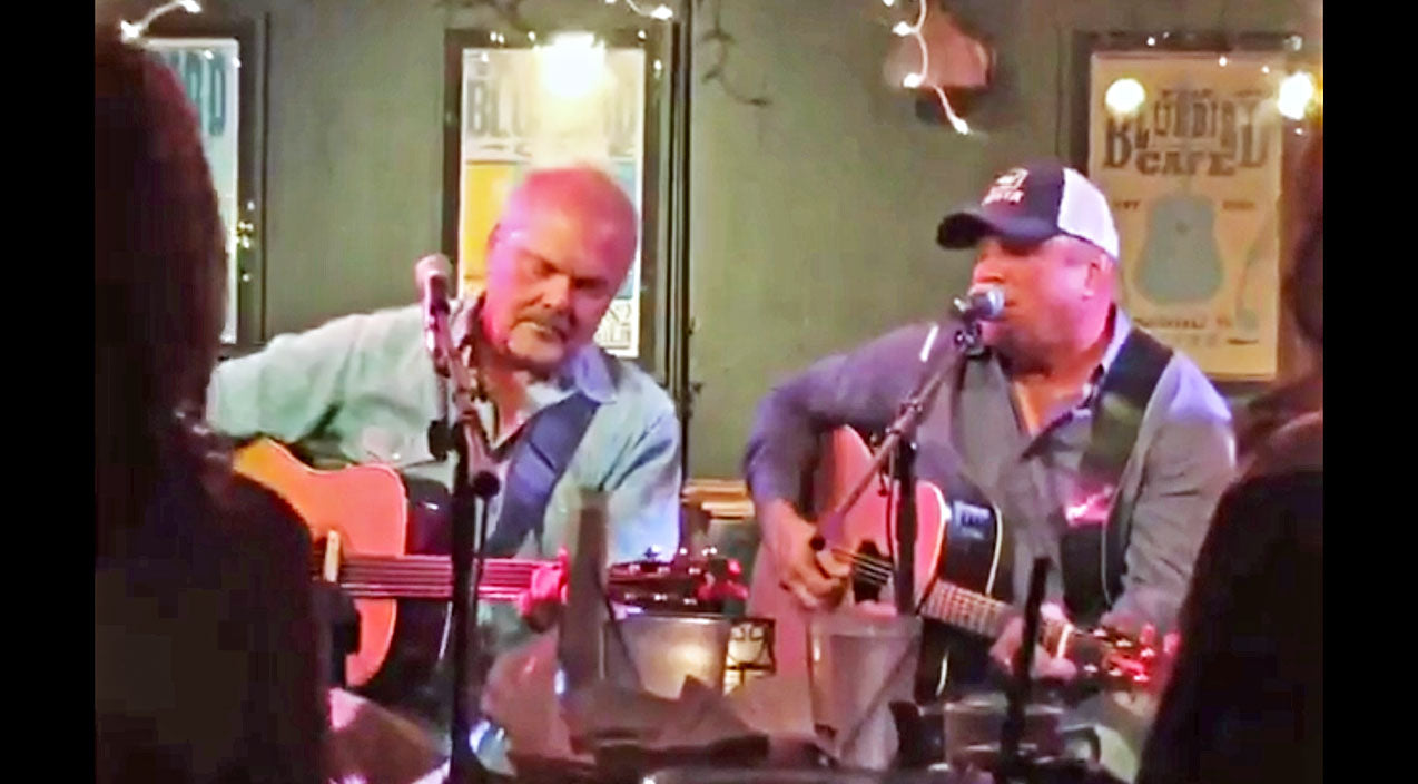 Modern country Songs | Garth Brooks Took Over Bluebird Cafe For Surprise Performance Of 'The Dance' | Country Music Videos