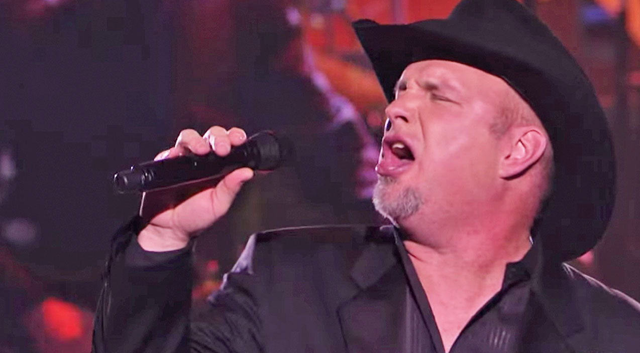 Garth brooks Songs | Garth Brooks Pays Tribute To Billy Joel And The Working Class With Passionate Performance | Country Music Videos