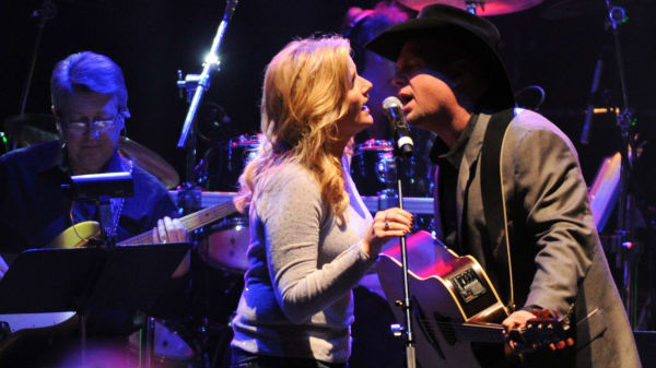 Garth brooks Songs | Garth Brooks and Trisha Yearwood - Take Me (VIDEO) | Country Music Videos