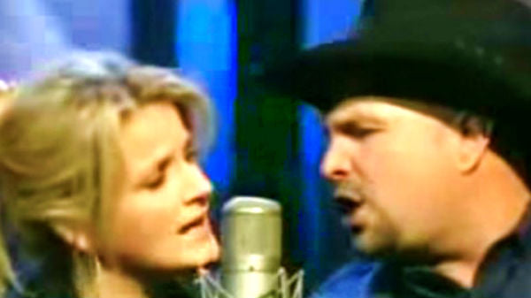 Garth brooks Songs | Garth Brooks and Trisha Yearwood - Who'll Stop The Rain | Country Music Videos