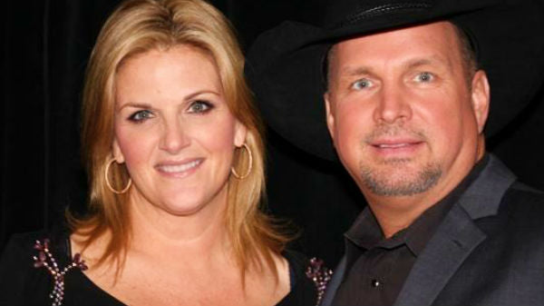 Garth brooks Songs | Garth Brooks and Trisha Yearwood Perform for Nashville Songwriter Hall Of Fame Ceremony (VIDEO) | Country Music Videos