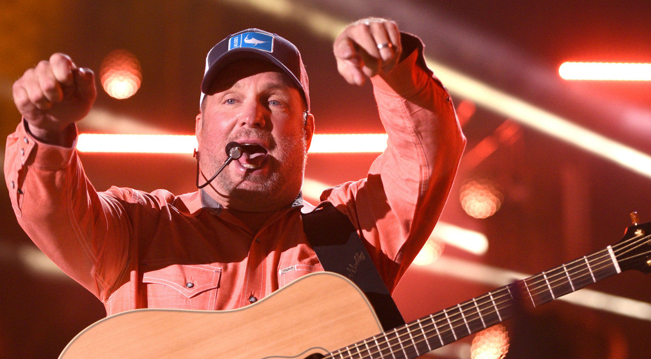 Trisha yearwood Songs | Garth Brooks Has Unexpected Words For Couple After They Interrupt His Concert With A Proposal | Country Music Videos