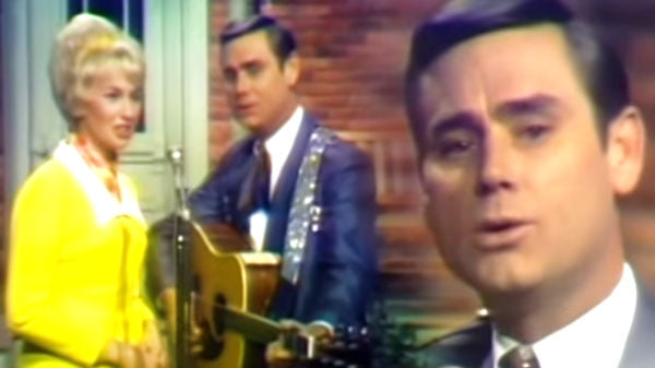 Tammy wynette Songs | George Jones and Tammy Wynette - Milwaukee Here I Come | Country Music Videos