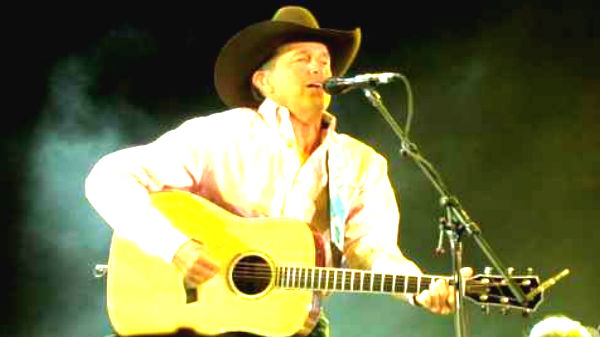 George strait Songs | George Strait - Folsom Prison Blues (2007 Stagecoach Festival) (VIDEO) | Country Music Videos