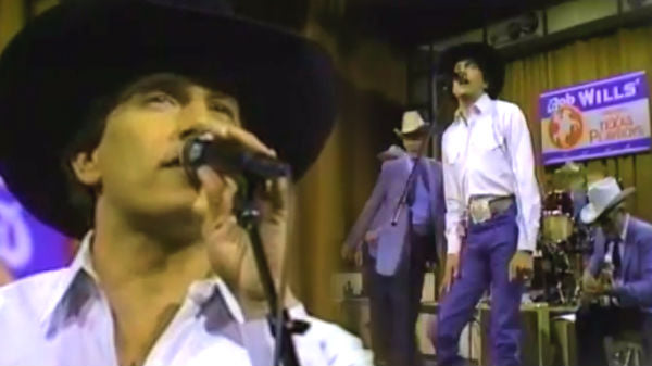 George strait Songs | George Strait and The Texas Playboys - Right Or Wrong (VIDEO) | Country Music Videos