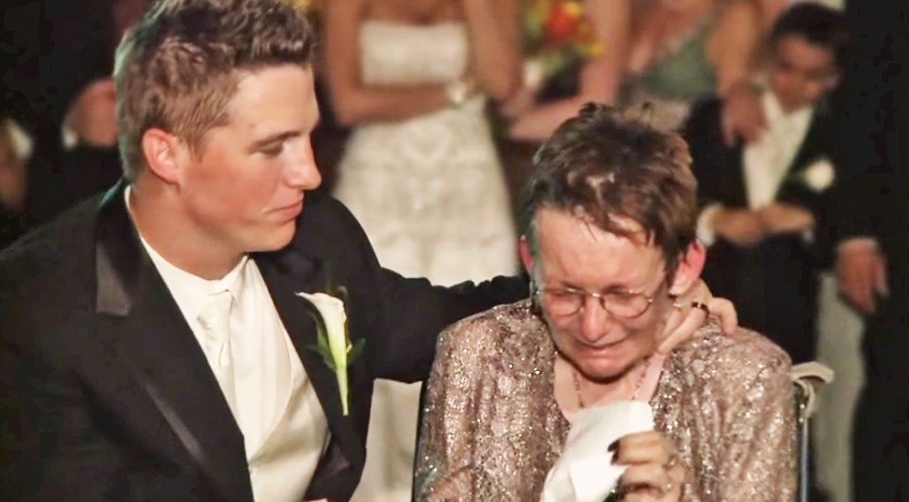 Groom Dances With Mom One Last Time (WATCH) | Country Music Videos