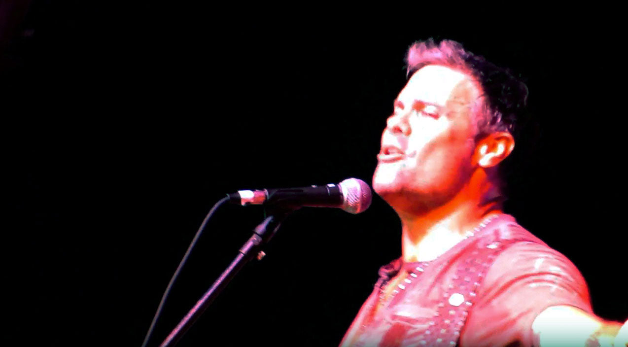 Montgomery gentry Songs | Wild Kentucky Crowd Dazzled By Troy Gentry & Friends 'Hillbilly Shoes' Performance | Country Music Videos