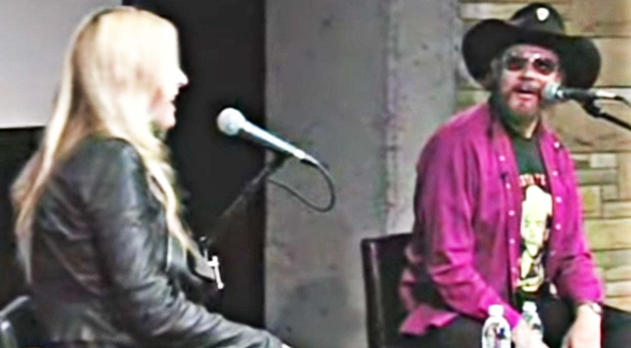 Holly williams Songs | Hank Jr. Brings Daughter, Holly, From Crowd For Beautiful Impromptu Duet | Country Music Videos