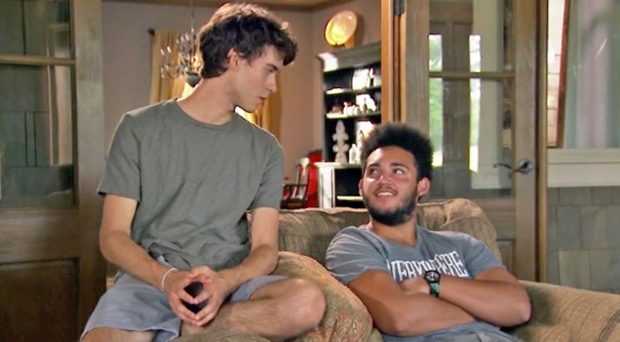 Willie robertson Songs | John Luke Robertson Teams Up With Little Brother To Pull One Over On Their Parents | Country Music Videos
